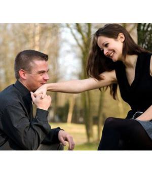 Как отличить женатого мужчину от неженатого.