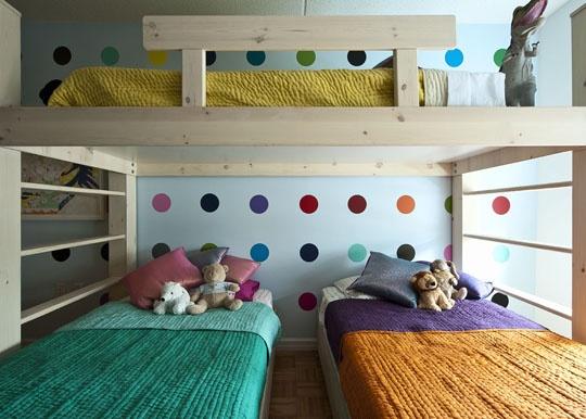 интерьер детской комнаты веселый