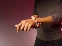 Что делать если затекла рука?